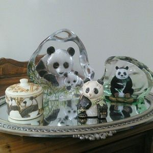 """🐼"""" FIRM"""" Collectable items of Panda Figure"""